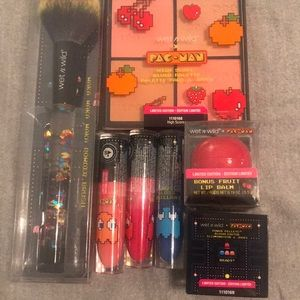 PAC Man Limited Edition Wet n wild Makeup New